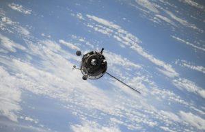 俄罗斯新研制的有机太阳能电池可在太空中使用十年之久插图
