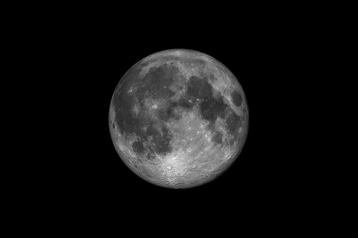 我国玉兔月球车新成果:在月球背面发现凝胶状物质