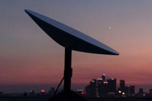 马斯克的太空互联网测试成功,星链计划的卫星通信首波集中在北纬35~55之间缩略图