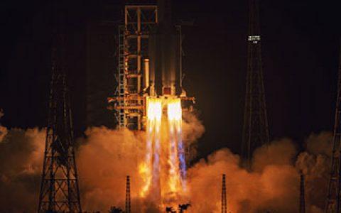"""嫦娥五号的落月过程有何不同?用了哪些""""神器""""?"""