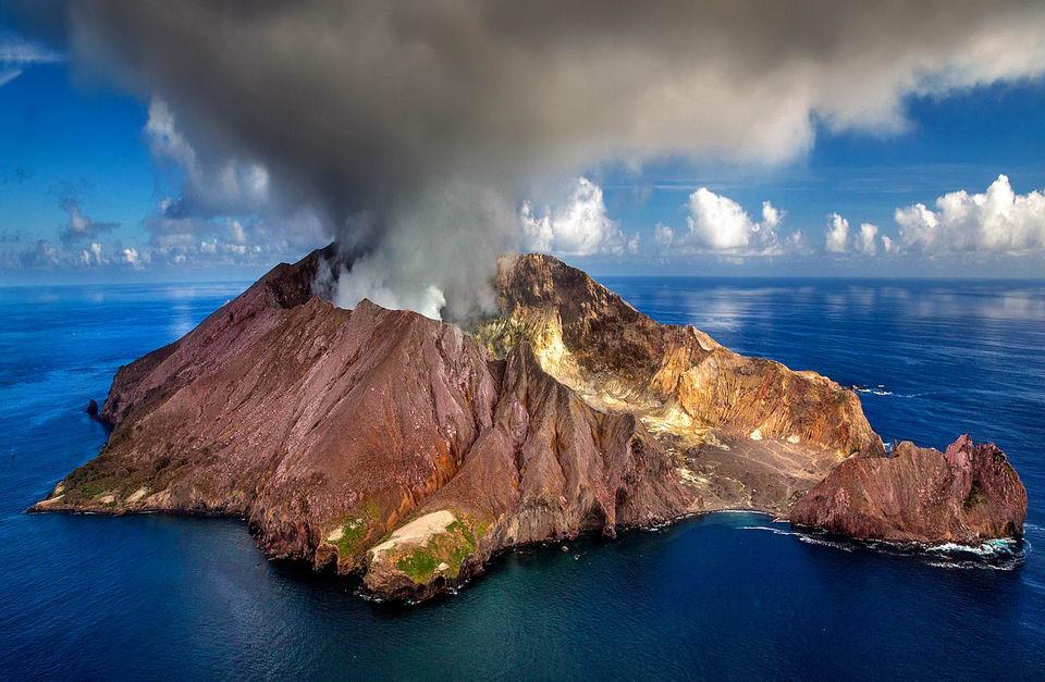 地球形成之初残暴的吞噬陆地,但是也遗留了一些古陆核到现今