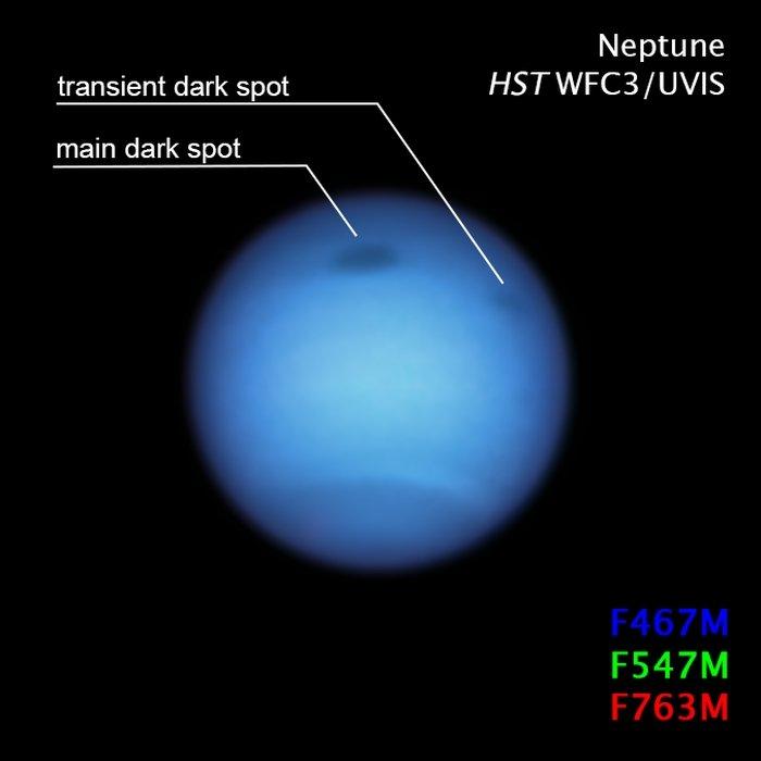 ▲大黑斑的右侧有一个较不明显的小暗斑,图源自哈勃太空望远镜第三代广角相机