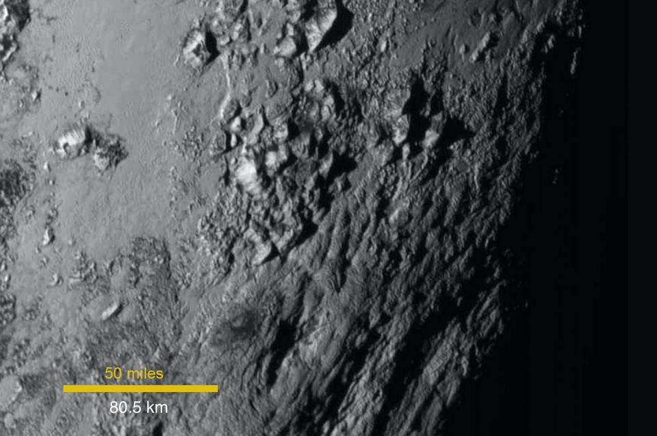 冥王星最高峰:天顶山