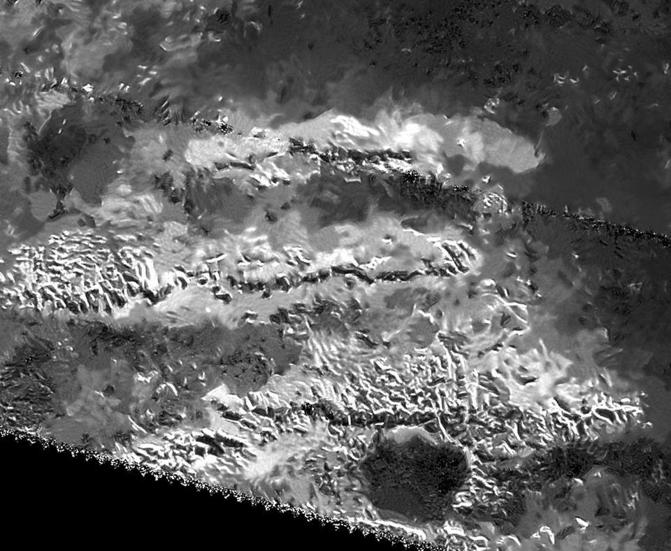 土卫六最高峰:米斯林山