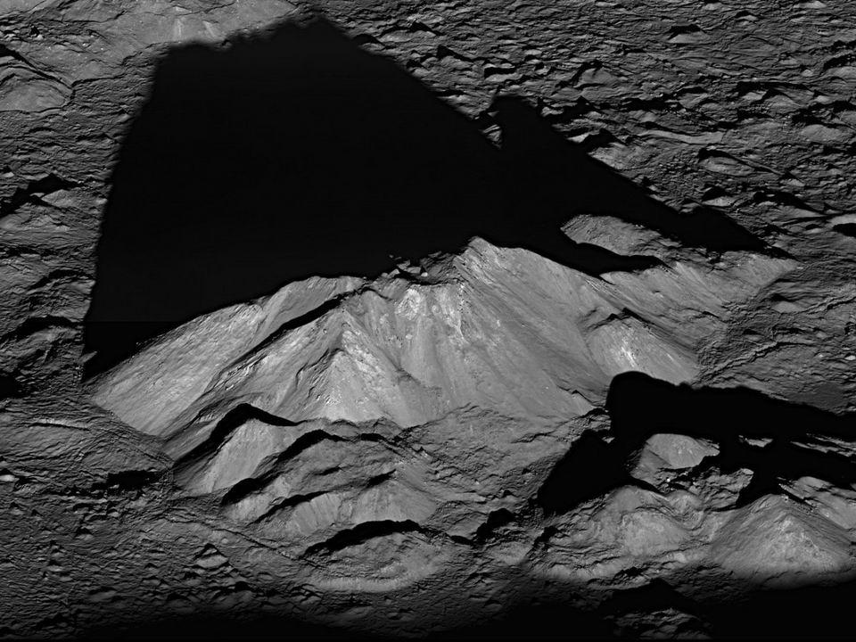 水星最高峰:卡路里山脉
