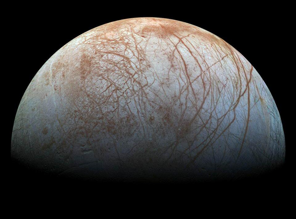 木卫二欧罗巴上的条纹线条是什么?