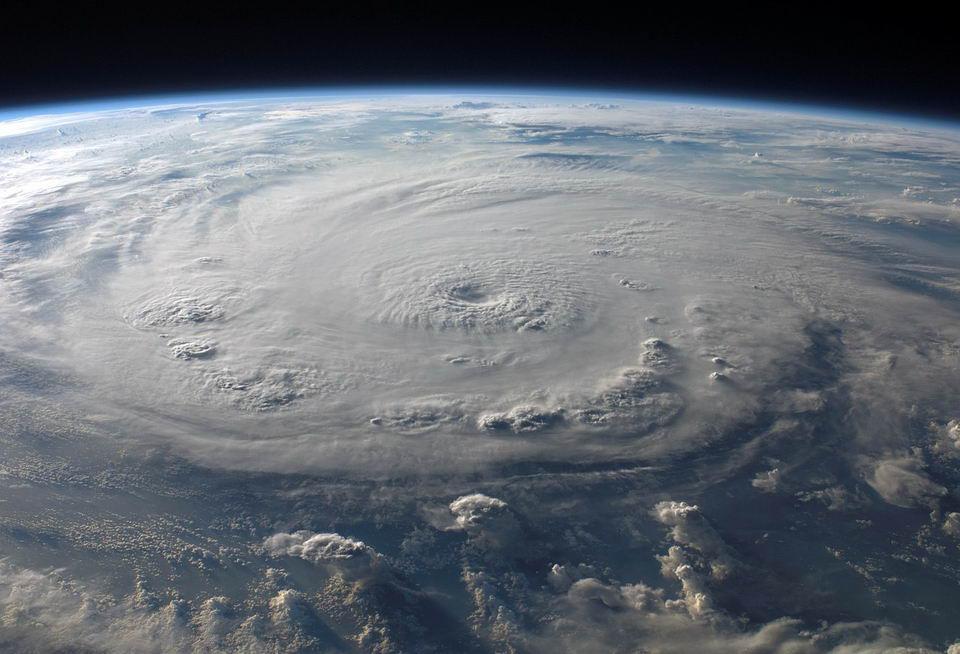 科学家表示如果人类能够控制碳排放,全球气候将会在几十年内趋于稳定插图