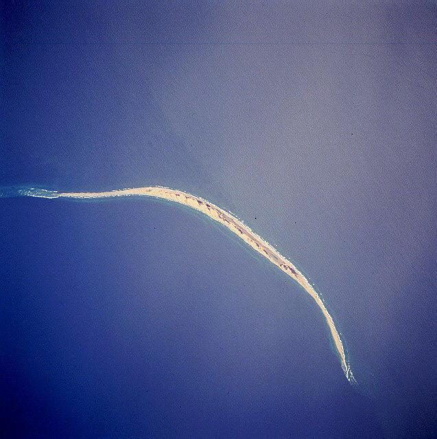 奇特的塞布尔岛:沙子组成的细长岛屿,会不断移动,还有野马在上面生存插图