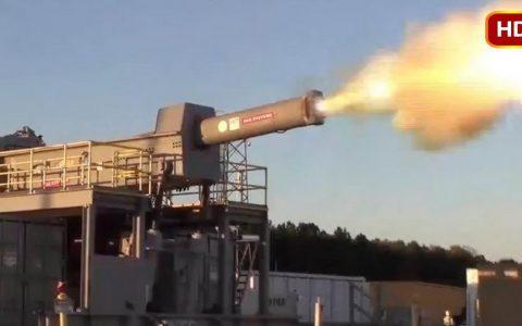 电磁炮的炮弹没有爆炸物,那是如何对船舶造成重大伤害的呢?
