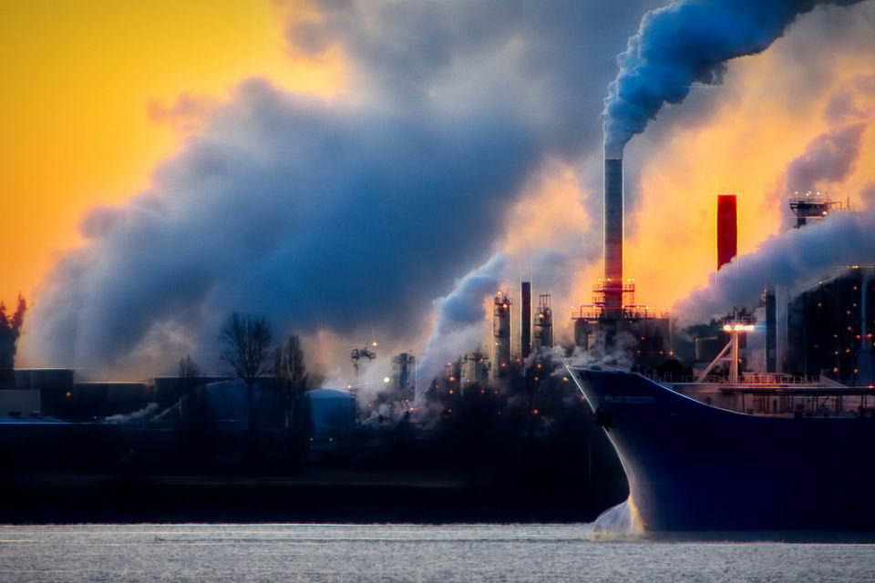 科学家表示如果人类能够控制碳排放,全球气候将会在几十年内趋于稳定插图2