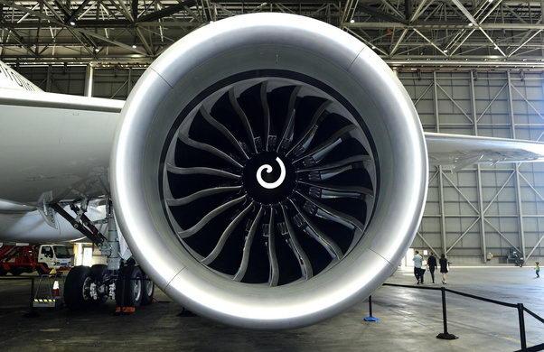 上面是波音787上的通用发动机上的螺旋线