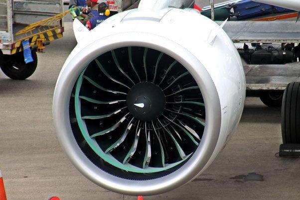 上面是空客A320neo上普惠发动机的逗号螺旋线