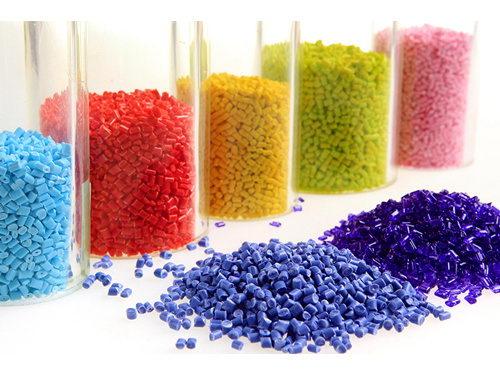 塑料中的多氟烷基物质导致男性精子数量只有他祖父的一半